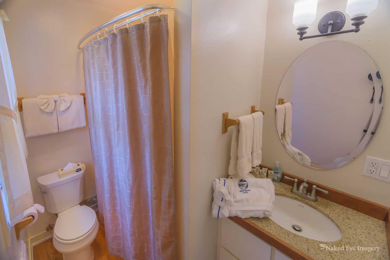 Garden Cottage - Bathroom