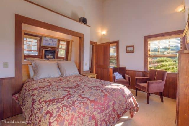 Redwood Tower - Bedroom view