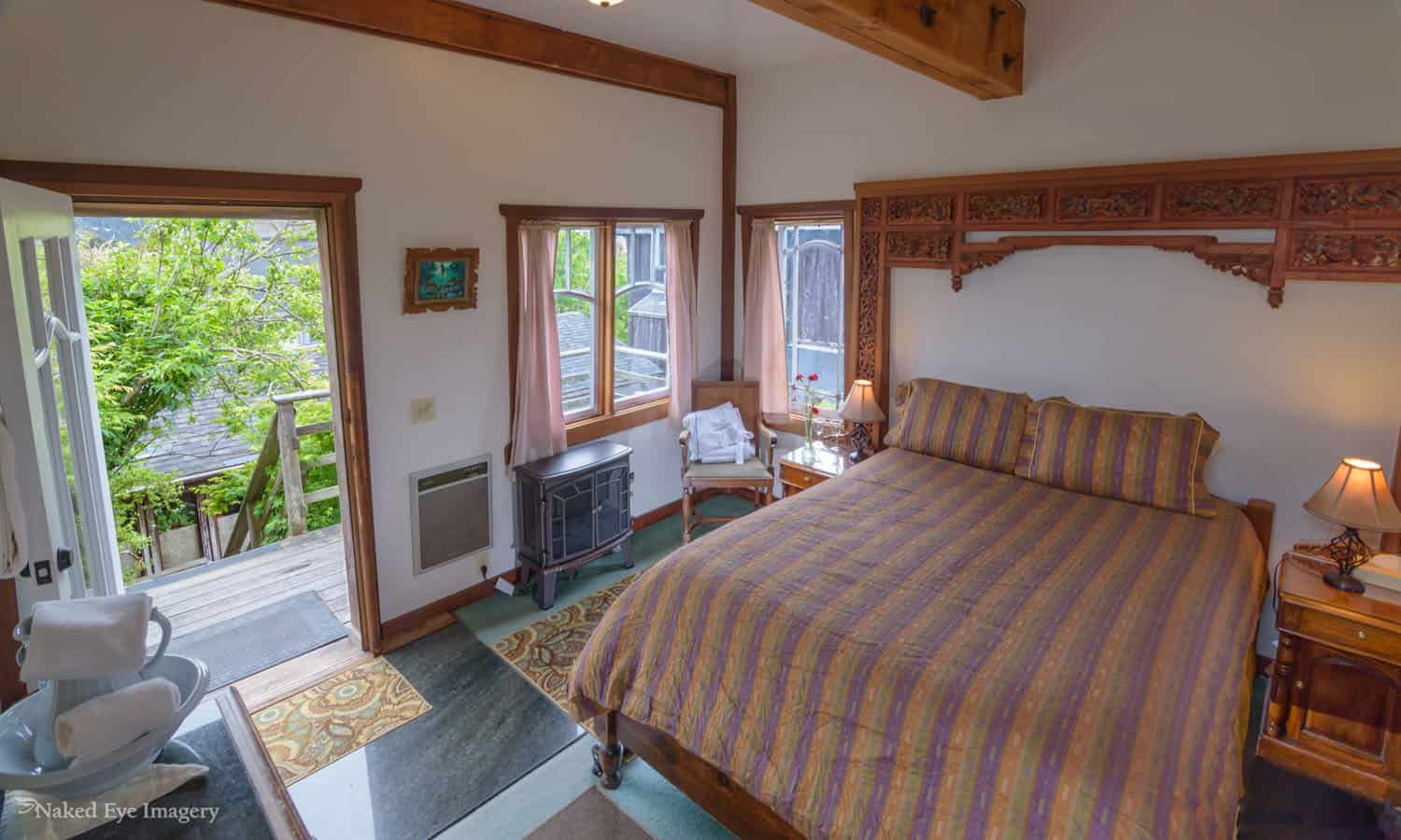 Sweetwater Tower - Bedroom View of Deck
